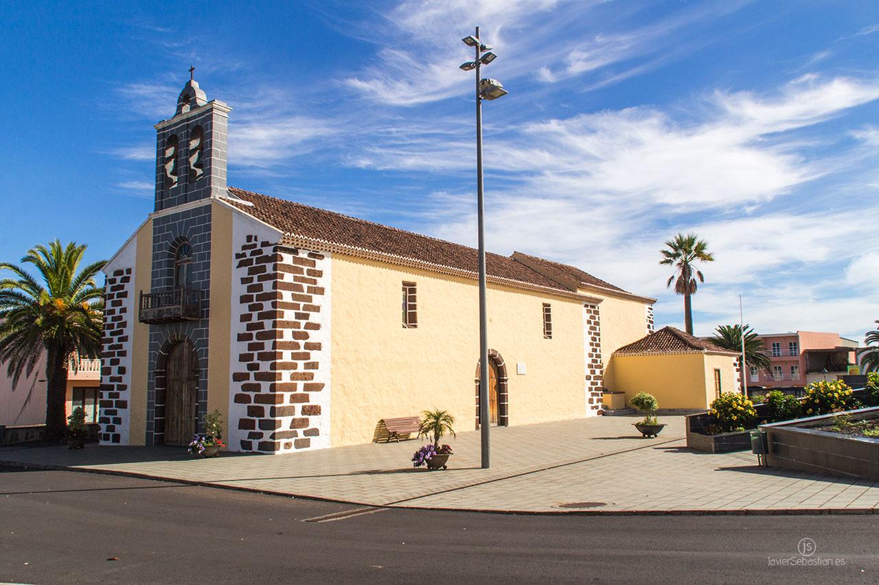 Typische Taxirouten aus dem Norden von La Palma. Von Los Sauces nach La Laguna de Barlovento · Taxi auf La Palma.